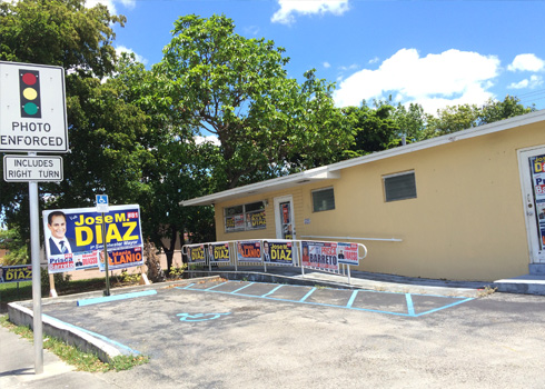 Jose M. Diaz Campaign HQ in 107 Avenue on 5/3/2015