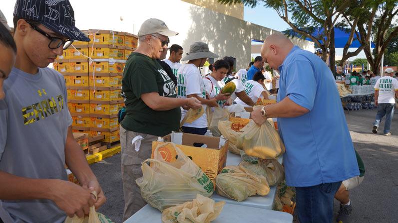 Orlando Lopez Farm Share Event